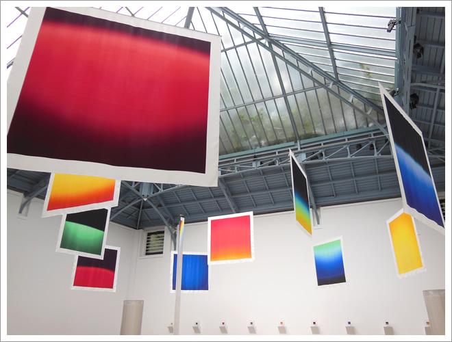 日本人デザイナーさんの作品 in HERMES(ブリュッセル) 京都 ホームページ プリュムフロワドゥ アール・ノアール